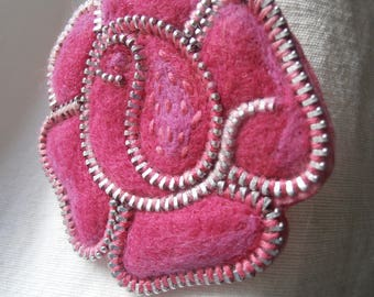 The pink rose brooch
