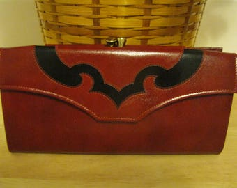 "Vinatge Princess Gardner Burgundy Leather Wallet with Black Design "" New ""FREE SHIPPING"""