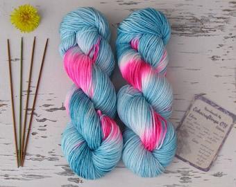 Hand dyed sock yarn, Mint green and bright pink, Self striping painted yarn, Nylon wool yarn, DK Weight yarn