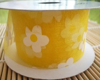 Ribbon voile organza pattern yellow daisies, the meter.