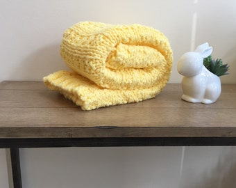 Hand knit yellow baby blanket/easy to wash  and dry hand knitted yellow baby blanket/car seat blanket/stroller blanket/crib blanket