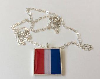"Nautical Flag Alphabet Pendant ""T"""