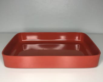 one stackable retro Rosti Denmark Falle Uldall melamine tray in rust red