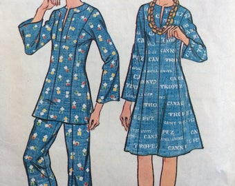 McCall's 3953 vintage 1970's misses princess-seamed dress or tunic and pants sewing pattern size 12 bust 34 waist 26 1/2