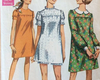 Simplicity 7603 juniors misses petite dress and shorts size 9 bust 33 vintage 1960's sewing pattern