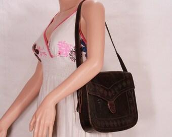 Brown leather bag - University college genuine leather bag - Messenger style bag from 1960s - Shoulder strap bag - Vintage bag with fringes