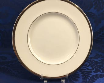 "WEDGWOOD Carlyn W4302 One 8"" Salad Plate England Bone China White Platinum Vintage"