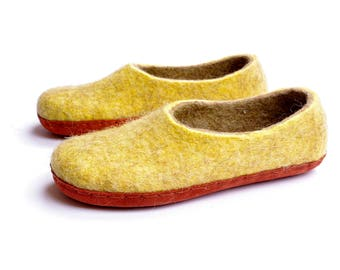 Alpaca wool slippers- felted slippers-mother's day gift-summer felted shoes-boiled wool slippers- felt warmers- coral suede-woman loafer