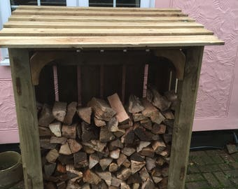 chunky wooden log store