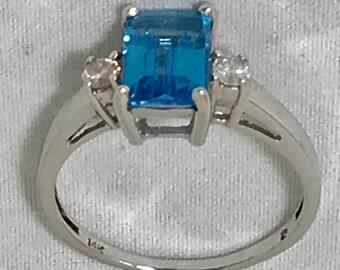 Fine Emerald Cut Tanzanite & Diamond Ring in 14k White Gold Size 7.5