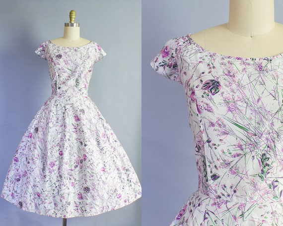 1950s Abstract Rose Print Dress | Large (40B/30W)