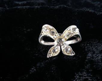 Adorable Small Vintage Pin, Brooch, Bow, Lover's Knot, Rhinestone, c. 1950
