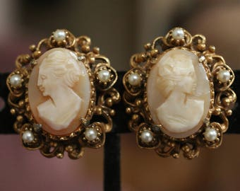 Stunning Vintage Clip On Cameo Earrings by Florenza