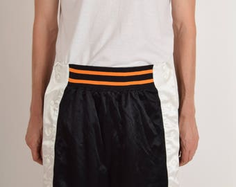 Vintage Nike Shorts Basketball with Press Buttons (2418)