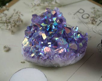 Vibrant Amethyst Aura Crystal Heart ~ Aura Quartz Crystal ~ Rainbow Amethyst Cluster ~ Crystal Heart