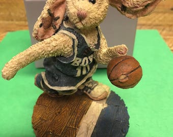 Boyds Bears & Friends - Buzz ... the Flash Basketball Rabbit