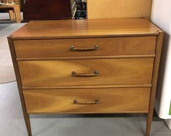 vintage mid century modern sideboard by heritage henredon henredon buffet three drawer credenza