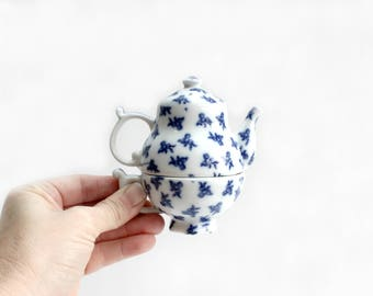 Mini Teapot Salt & Pepper Shaker Set, Blue and White Collectible