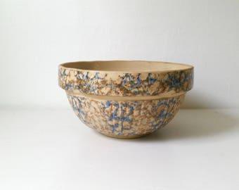 Antique Spongeware Bowl . Vintage Sponge Ware . Red Wing Pottery Bowl . Large Mixing Bowl . Collectible Crockery . Farmhouse Kitchen . Cabin