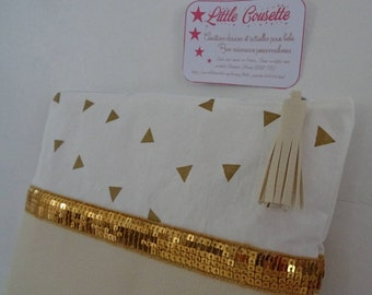 Large clutch bag in imitation leather, vanilla and cotton gold triangles