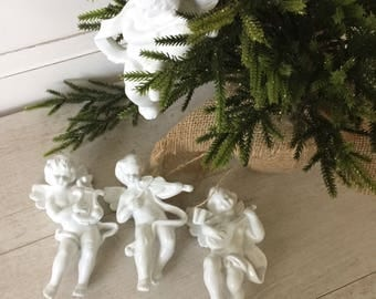 Angel/Cherub Christmas Tree Ornament