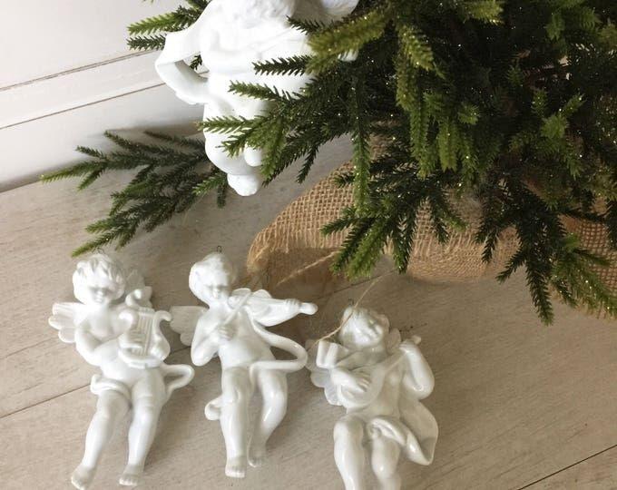 Angel/Cherub Christmas Tree Ornament