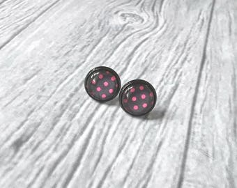 Polka dot earrings, pink polka dots stud earrings, pink and grey, 10mm, retro, rockabilly, spring, summer jewelry, gift idea for her