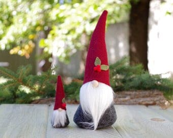 Nordic Christmas Mini with Large Gnome Set ~ Holly Berry Gnome