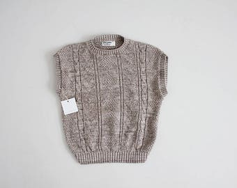 oatmeal sweater | sleeveless sweater | cable knit sweater