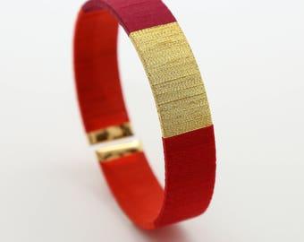 Red bracelet - Bracelet cuff - jewel Burgundy Christmas - red idea Christmas gift woman - gift - Christmas gift, MOM - Lily & Koh