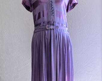Vintage 1940s LARGE Lilac Rayon Crepe and Satin Dress; 40s