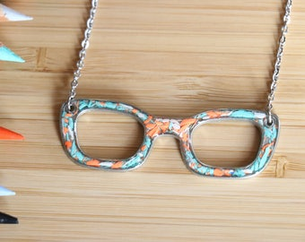 Glasses Tin necklace made with recycled into the resin colour pencils