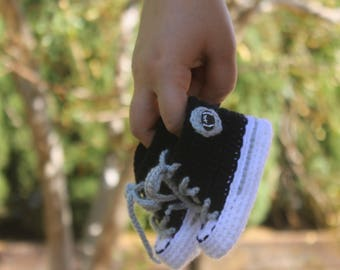 Baby FOOTBALL shoes, Crochet Baby SHOES, Oakland Raiders inspired converse shoes (Handmade by me and not affiliated with the NFL)