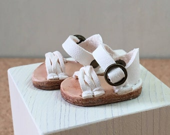 Real leather: miniature mesh sandal [white]