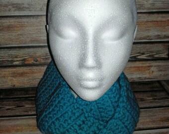Women's crochet infinity scarf - teal