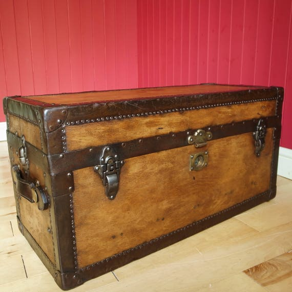 RARE VINTAGE 20s 30s Art Deco Steamer TRUNK Coffee Table Storage Chest Ladies Dress Trunk Travel Luggage
