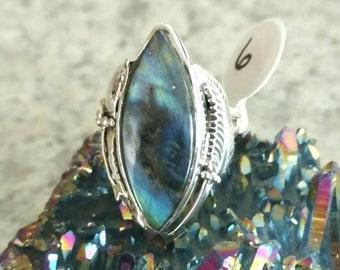 Beautiful Labradorite Ring, Size 6