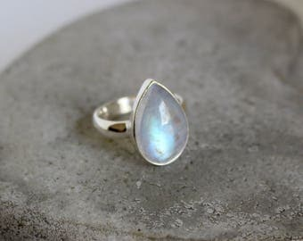 Moonstone ring steling silver 925 BLUE FIRE