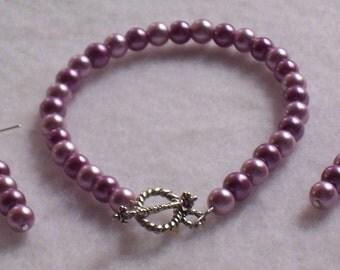 Purple Bracelet,Dark and Light Purple.Toggle clasp. Matching drop earrings.  Free Shipping