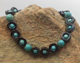 Turquoise Metallic Beaded Bracelet