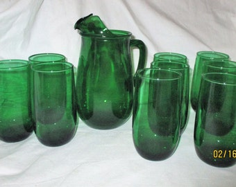 Vintage Anchor Hocking Forest Green Pitcher and 9 Tumblers Glasses