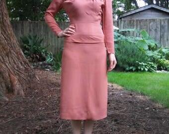 La vie en rose // 1940s Jane Andre rose colored beaded midi dress // xs