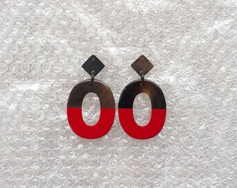 Buffalo Horn Earrings Lacquered in Red color QG04