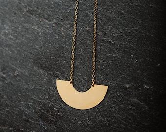 Minimalist necklace/ geometric necklace / circle necklace / semi circle neckace / necklace chic