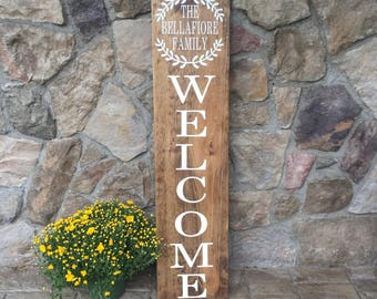 4' Welcome Family Vertical Outdoor Sign, Family Name Front Porch Sign, Housewarming Gift, Real Estate Agent Gift, Porch Welcome Sign