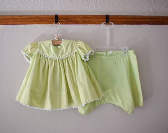 Vintage Toddler Girl Top and Bloomers, Size 2T // Vintage Toddler Clothes // Toddler Girl Clothes // Vintage Clothing // Bloomers Girl