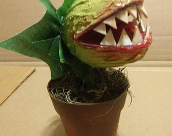 "Audrey plant from Little Shop of Horrors, 8"" tall prop"