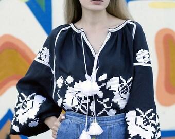 Vyshyvanka women blouse Ukrainian vyshyvanka blouse mexican embroidery Bohemian style. Free Shipping
