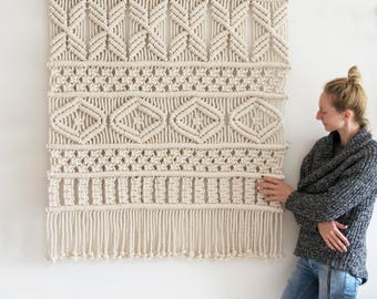 Extra Large Macrame Wall Hanging / Modern Macrame  / Wall Art / Boho Wall Hanging / Wall Tapestry / Macrame Tapestry