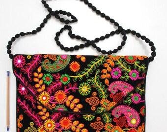 Handmade Ethnic Designer Tribal Banjara Patchwork Embroidered Hippy Fashionable Stylish Trendy Hippie Gypsy Boho Bohemian Clutch Bag F298